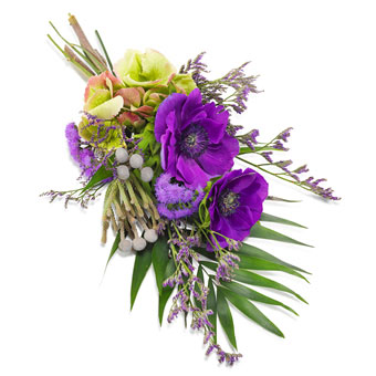 Hand bouquet in purple colours