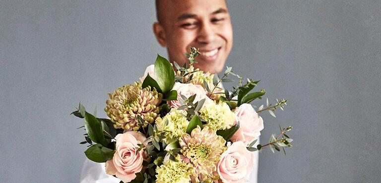 Gefeliciteerd bloemen laten bezorgen
